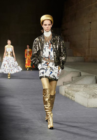 Legendary fashion icon Karl Lagerfeld paid tribute to Egypt in Chanel's December fashion show held at the Metropolitan Museum of Art in New York. www.chanel.com.