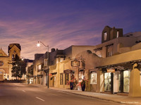 """La Fonda Hotel in Santa Fe, N.M., where """"Indian-detour"""" tours originated, retains its character while offering modern amenities. Photo courtesy of Jim Farber."""