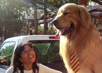 The author meets Mayor Max, the popular town ambassador in Idyllwild, California. Photo courtesy of Athena Lucero.