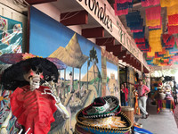 Visitors to Rancho las Cascadas near San Miguel de Allende and the pyramids of Teotihuacan in Mexico have the opportunity to visit a colorful bazaar. Photo courtesy of Nicola Bridges.