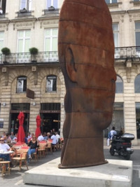 The Sanna Sculpture by Jaume Plensa dominates Old Town Bordeaux, France, a popular gathering place with sidewalk cafes and street entertainers. Photo courtesy of Halina Kubalski.